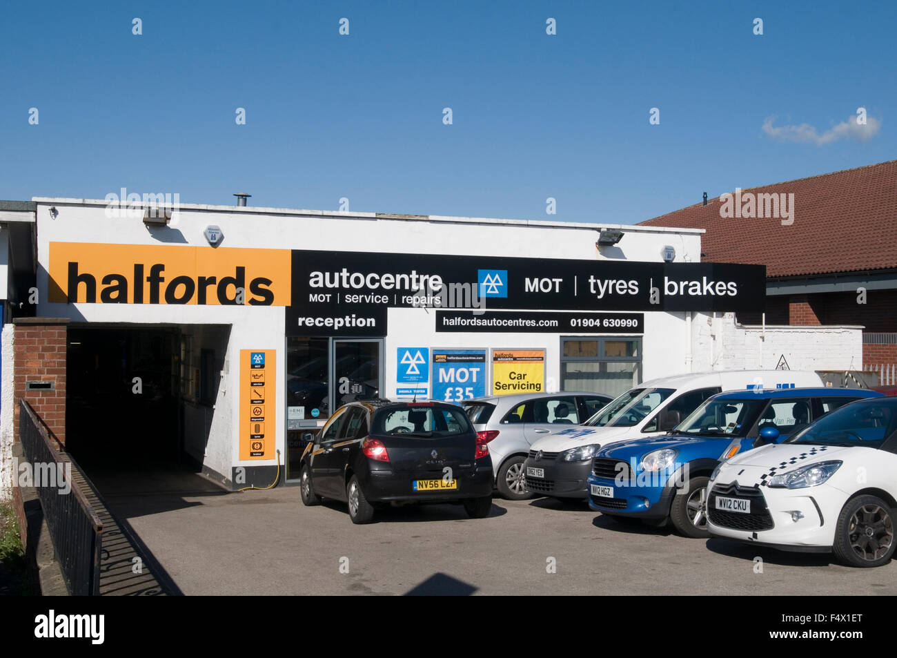 Autocentre car service detailing carsale kent me qs for Garage reparation auto