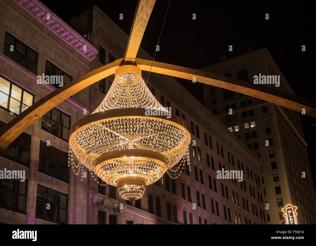 The giant Playhouse Square chandelier in downtown Cleveland, Ohio ...