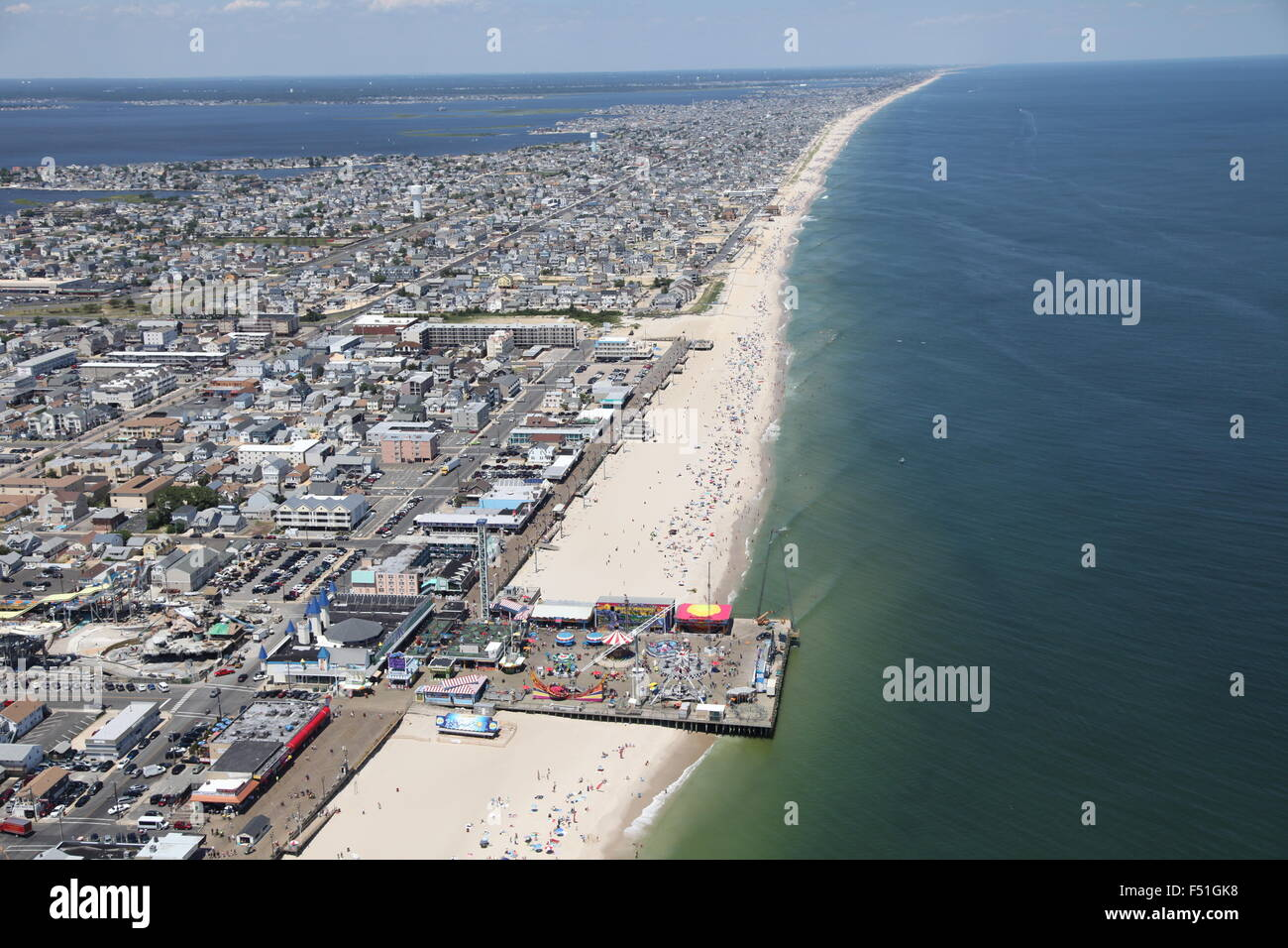 point pleasant beach The ocean and bay beaches - information about the lifeguards, beach badges, parking, and more.