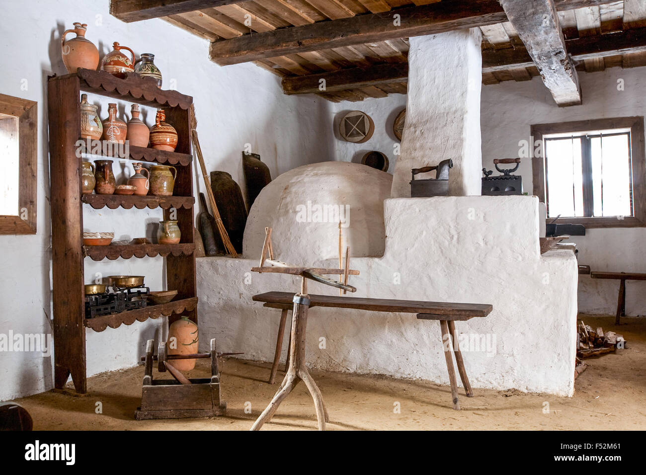Antique Countryside Kitchen