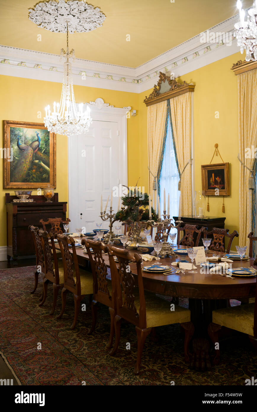 nottoway plantation 19th century antebellum mansion dining room