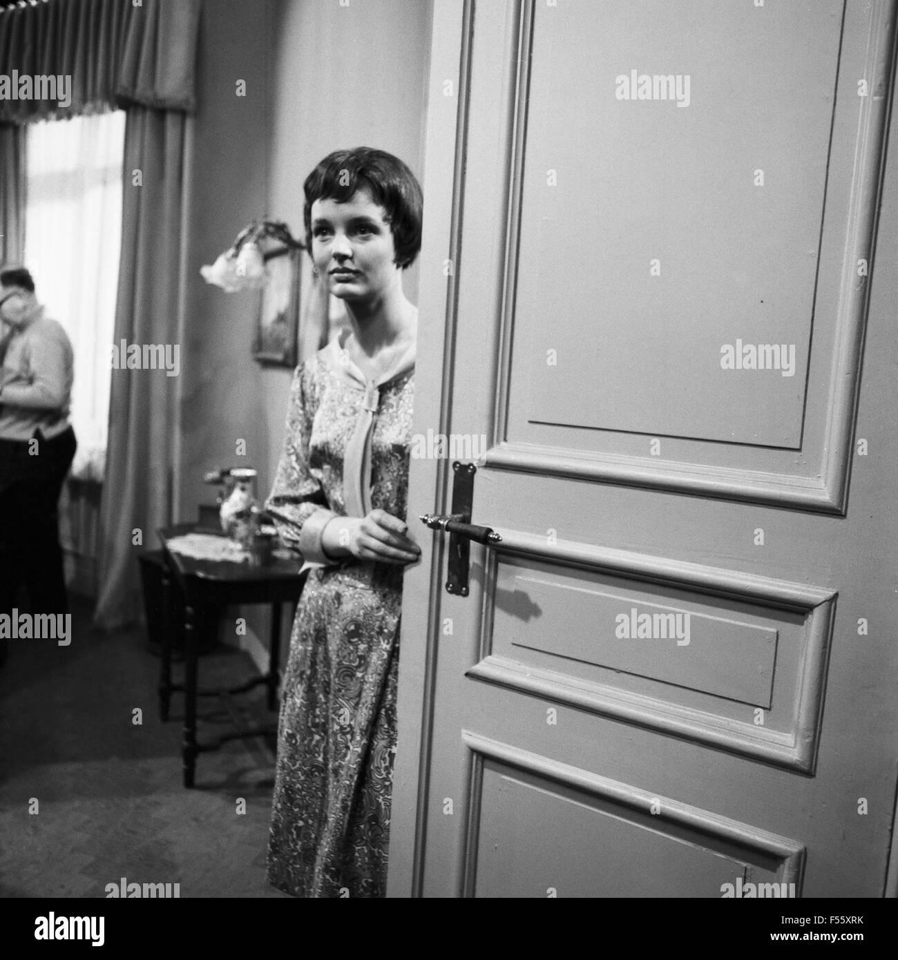 Das berliner zimmer fernsehfilm deutschland 1968 regie korbinian stock photo royalty free - Berliner zimmer ...