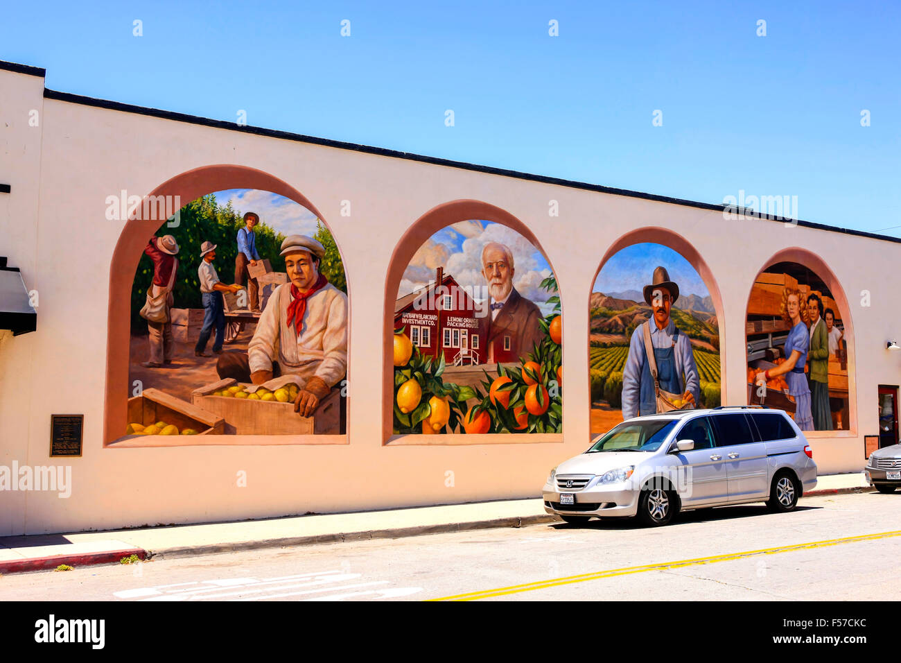 modern murals stock photos modern murals stock images alamy wall murals on the side of buildings in downtown santa paula city in california stock