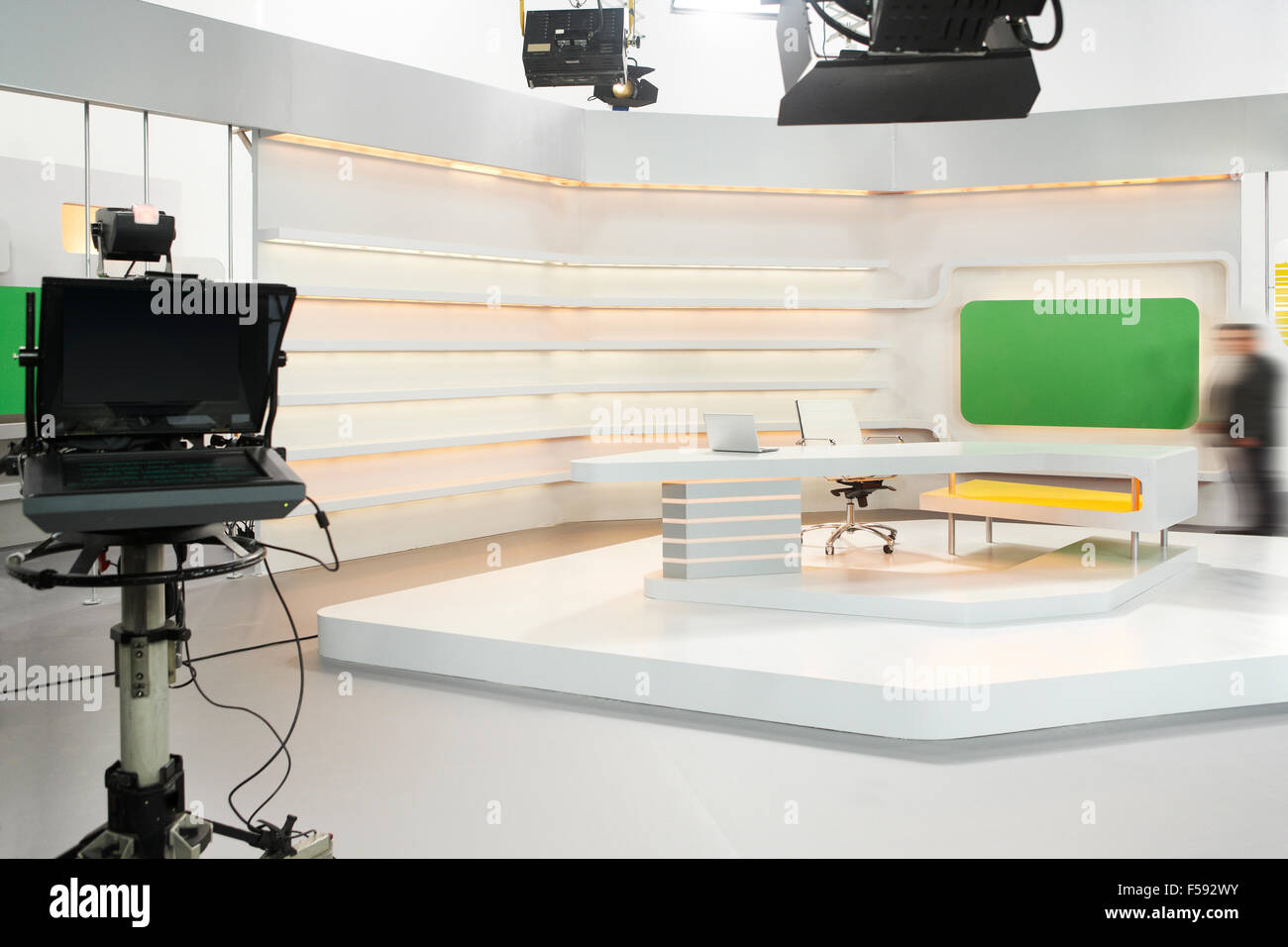 Professional Modern Television Set For News With Studio Equipment  # Meuble Tv Nesx