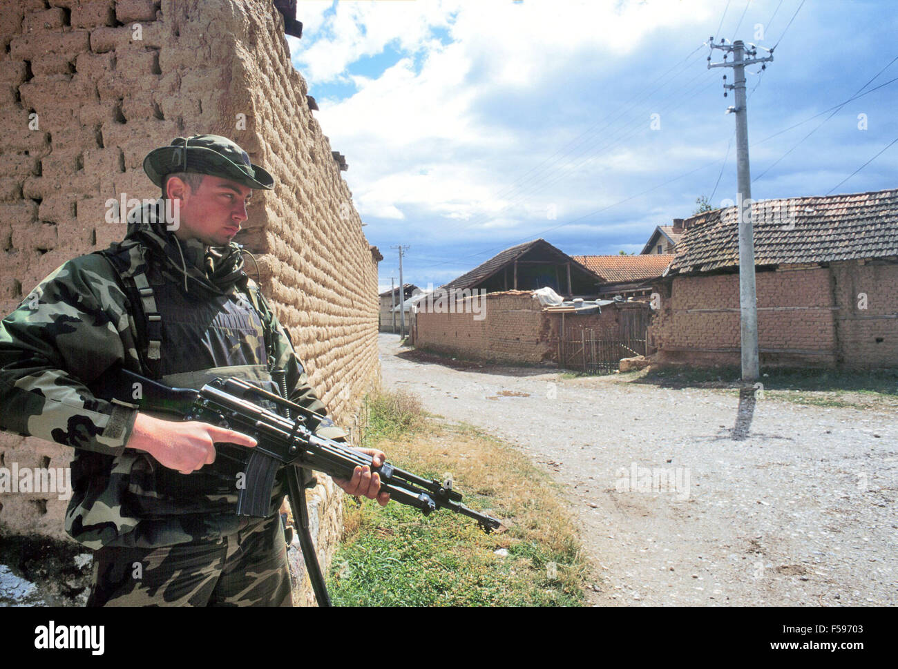 evaluating nato intervention in kosovo Those who didn't departed bosnia unopposed with nato's assistance) lessons for kosovo when the crisis in the serb province of kosovo erupted in early 1998, senior us officials from.