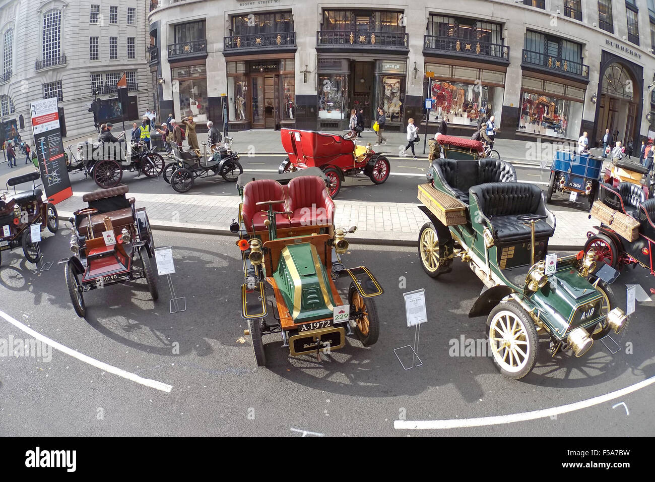 London, UK. 31st October 2015. Veteran Cars at the Regent Street ...