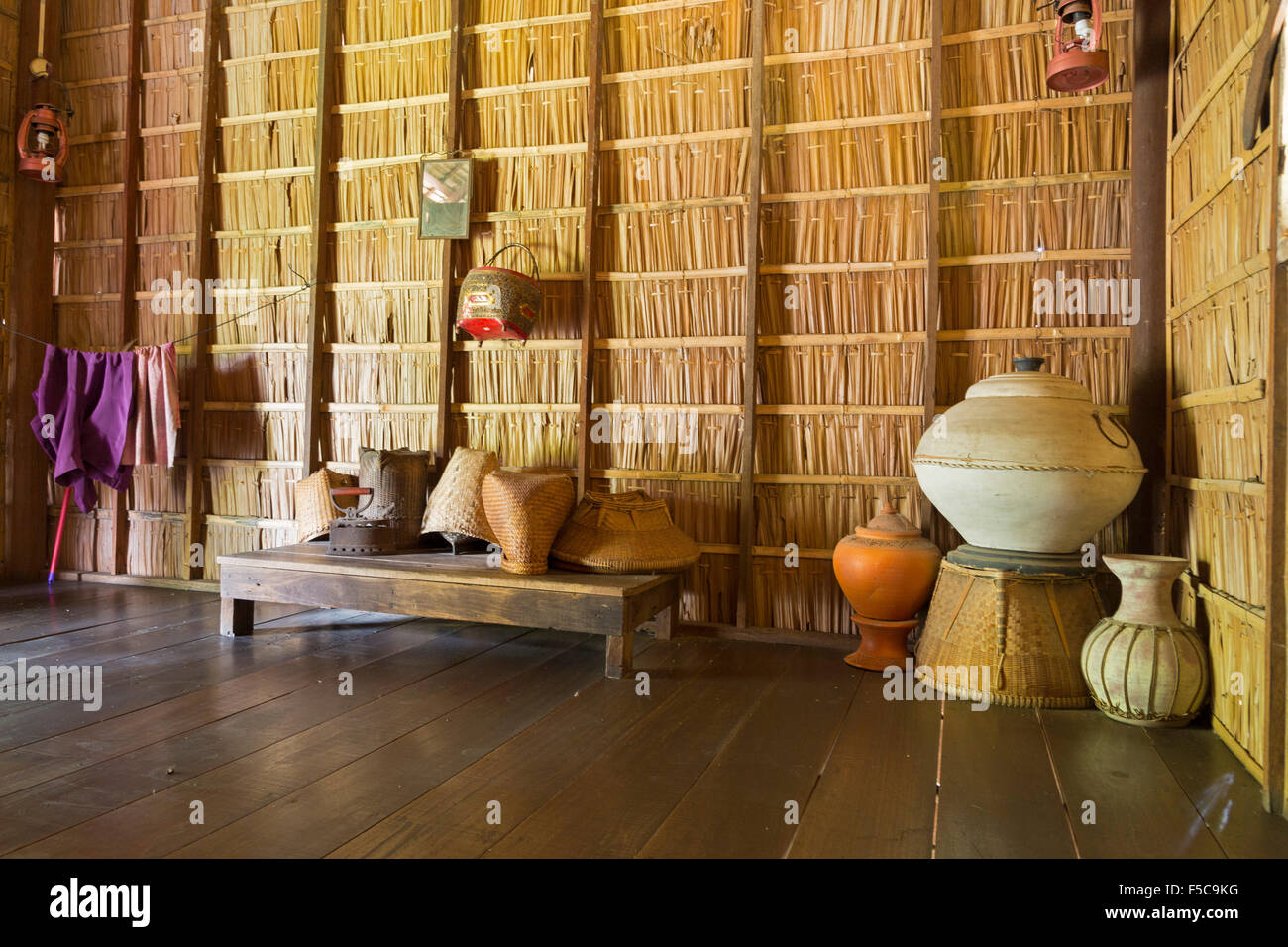 Thai bamboo house interior sampran riverside bangkok for Outdoor furniture thailand bangkok