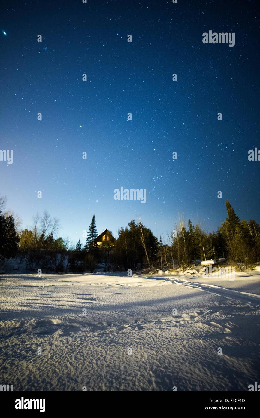 Stars In The Night Sky In The Northern Hemisphere During Winter - Usa northern hemisphere