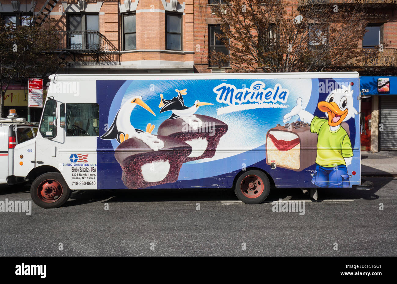 Bakery Delivery Truck Stock Photos & Bakery Delivery Truck Stock ...