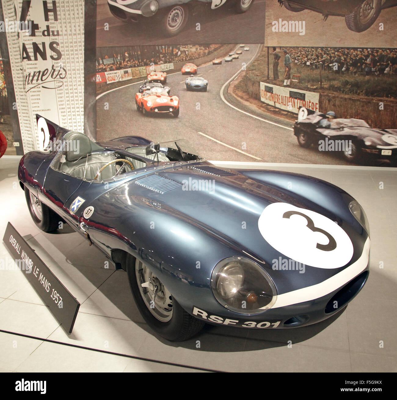 vintage veteran car jaguar d type xkd 606 le mans stock photo royalty free. Black Bedroom Furniture Sets. Home Design Ideas