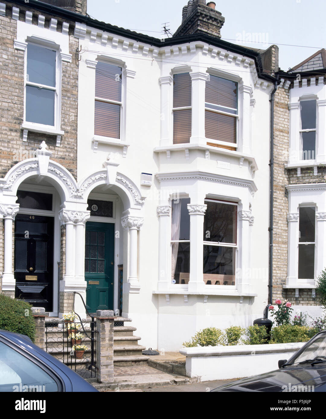 Exterior of a Victorian terraced townhouse with bay windows Stock ...