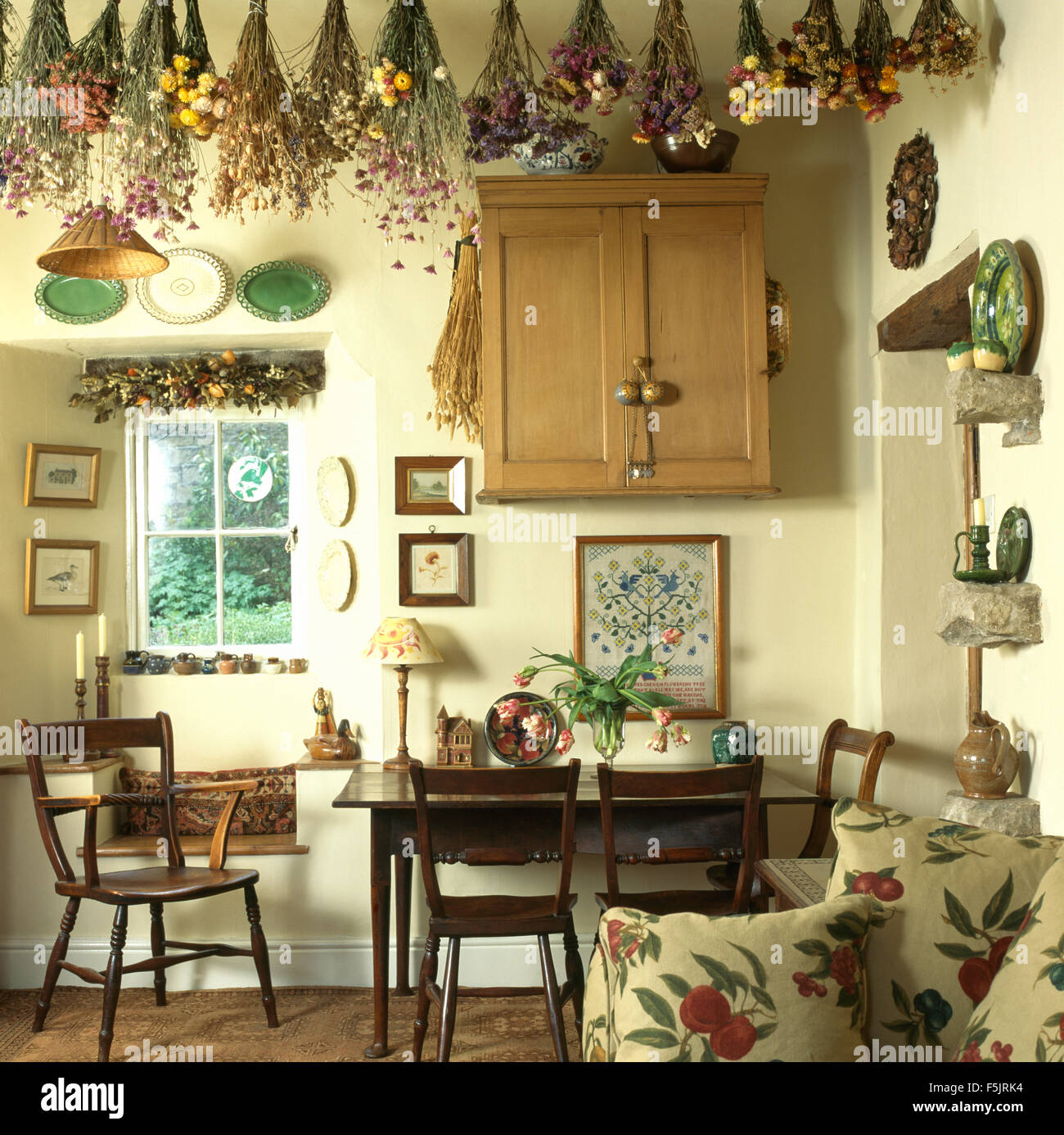 Uncategorized hanging dried flowers for Pictures to hang in dining room