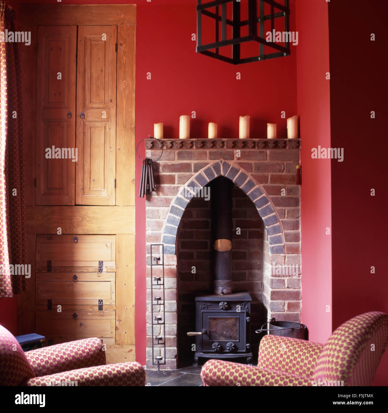 gothic fireplace room stock photos u0026 gothic fireplace room stock