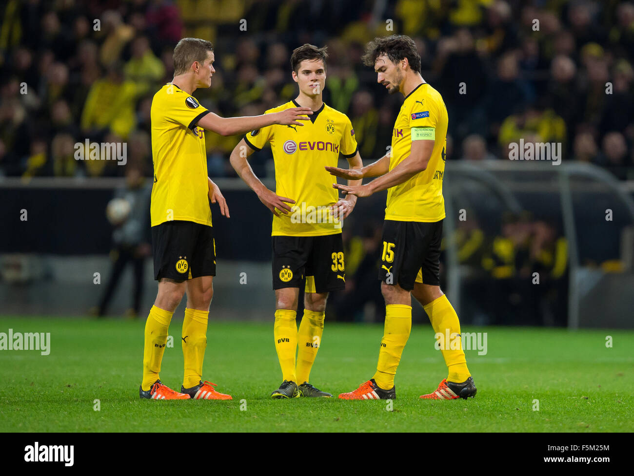Dortmund Germany 5th Nov 2015 Dortmund s Mats Hummels R