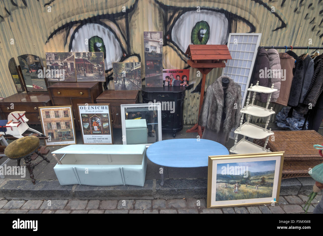market furniture stall, second hand furniture for sale