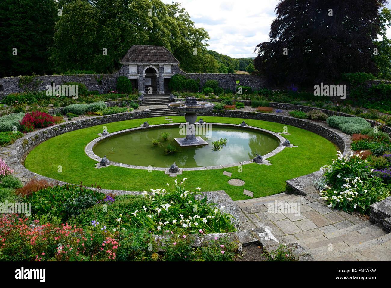 Sunken Round Oval Pond Garden Heywood Gardens Garden