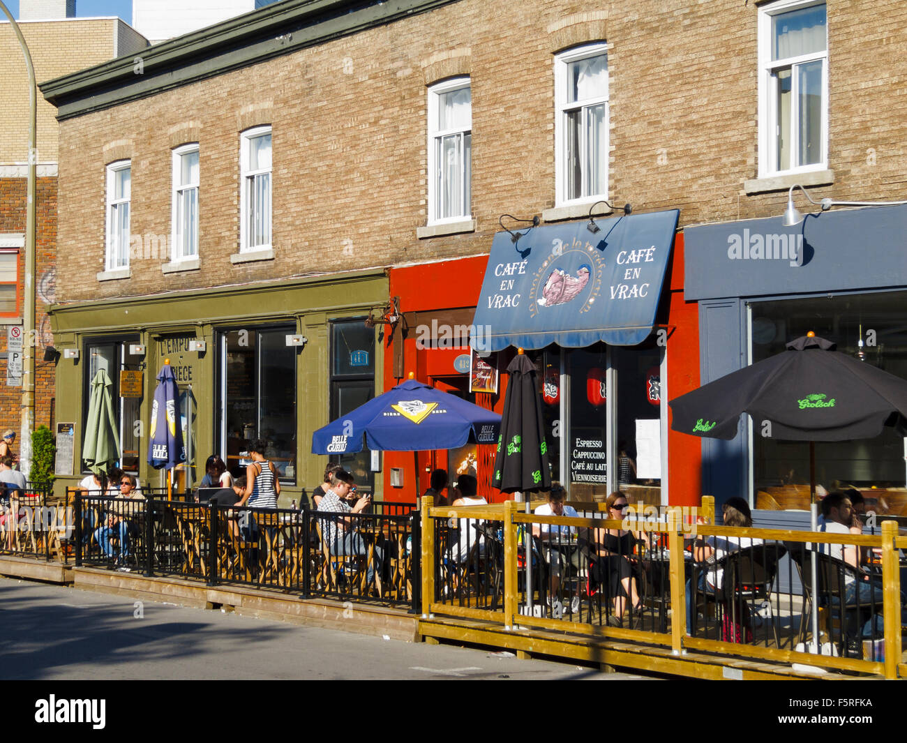 Coffee shop at rue saint denis in montreal quebec canada for Meubles montreal st denis