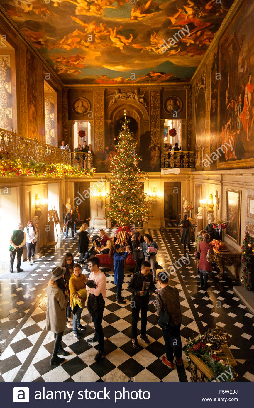 christmas decorated homes inside search