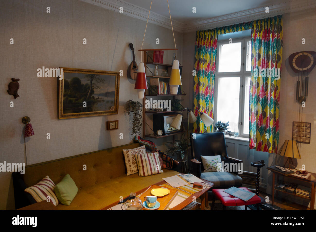 Lower class living room - Authenthic Historic Living Room In A Working Class Flat In Copenhagen In The 1950s The Workers Museum Arbejdermuseet