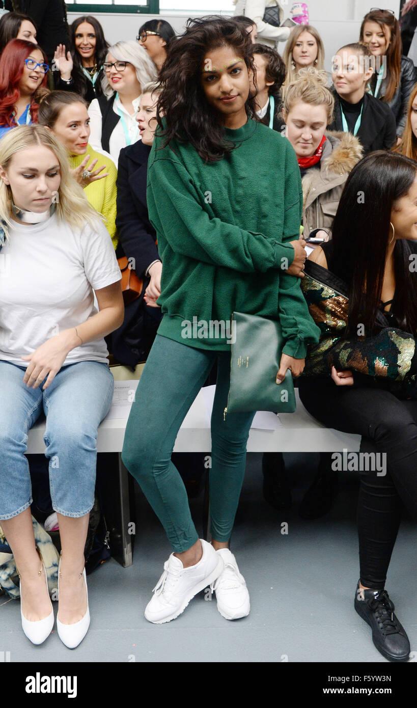 Fashion Mia Online Customer Reviews: London Fashion Week S/S 2016