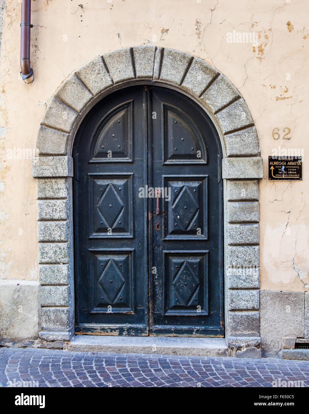 Italian doors & Italian doors Stock Photo: 89849877 - Alamy