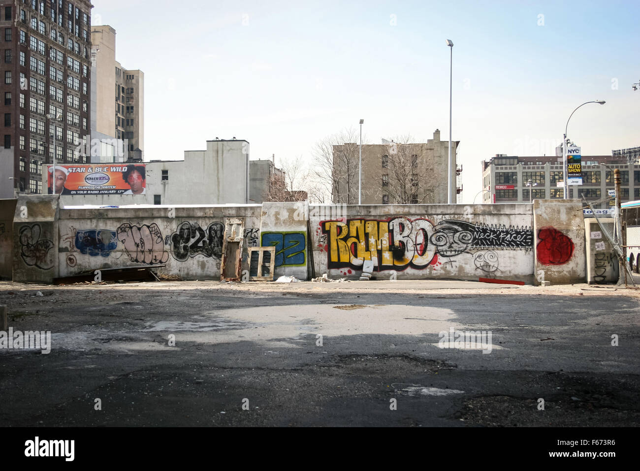 Graffiti wall usa - A Graffiti Wall In The Neighborhood Of Manhattan In New York City Usa