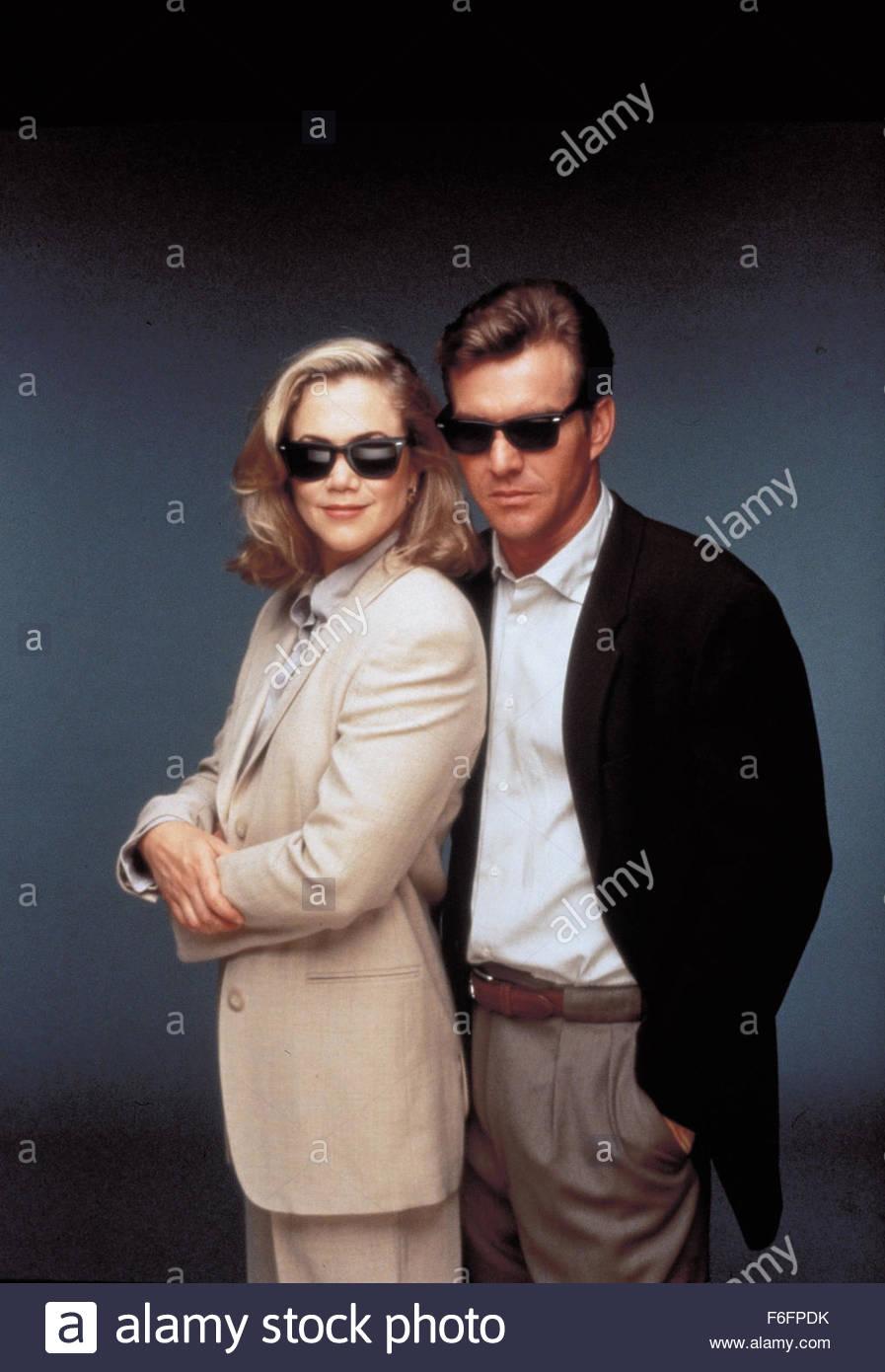 Kathleen Turner and dennis quaid