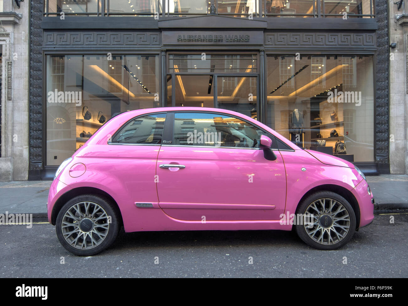 fiat 500 pink car pink fiat 500 stock photo royalty free image 90225343 alamy. Black Bedroom Furniture Sets. Home Design Ideas