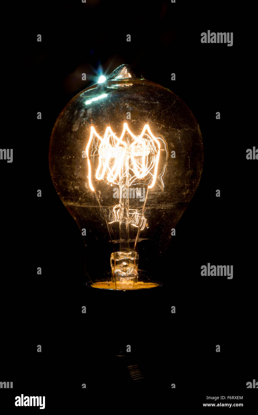 Dark room with light bulb - Decorative Antique Edison Style Light Bulb In Dark Room