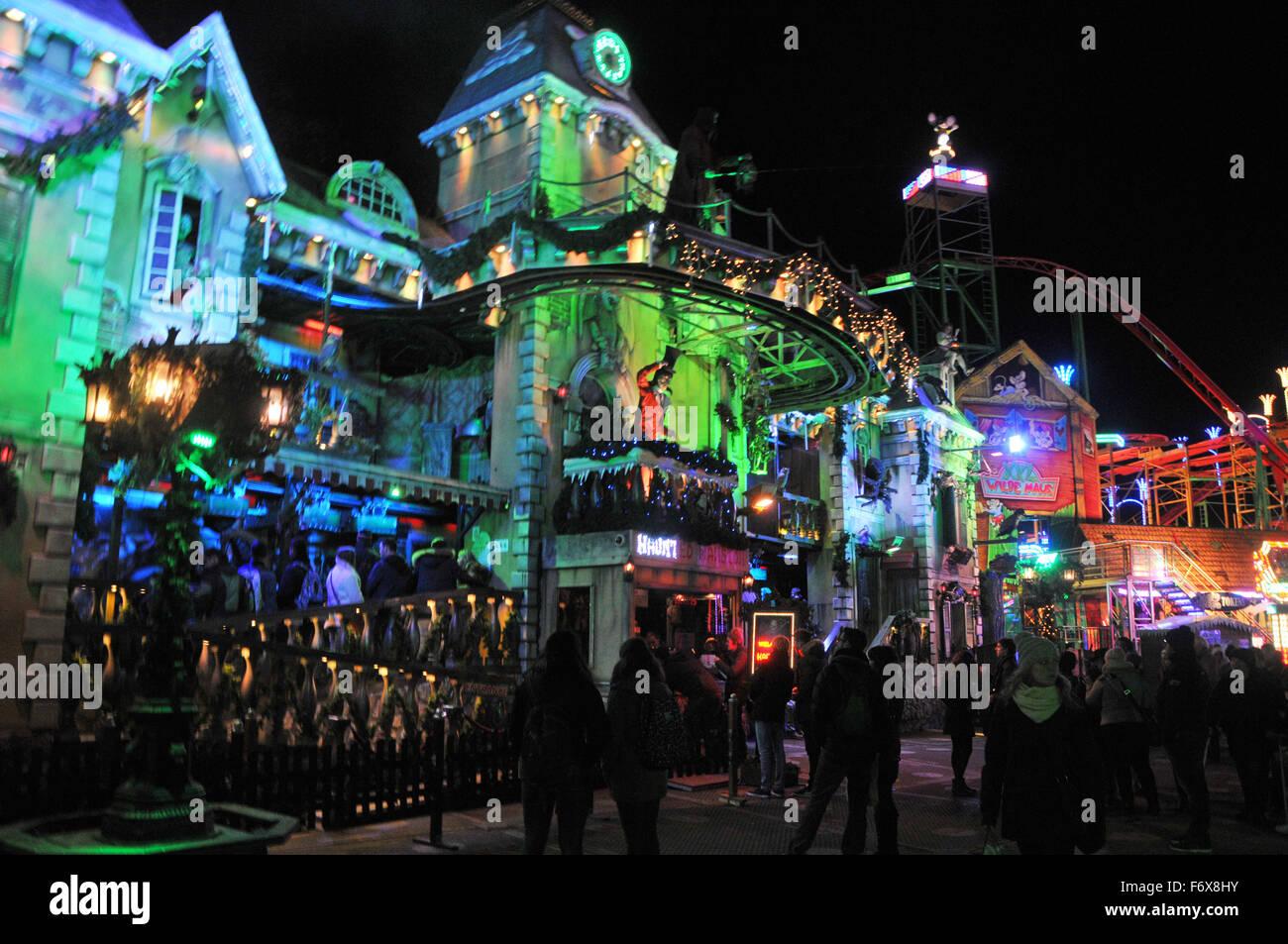 London UK November The Hyde Park Winter Wonderland Opens - Winter wonderland london map 2016