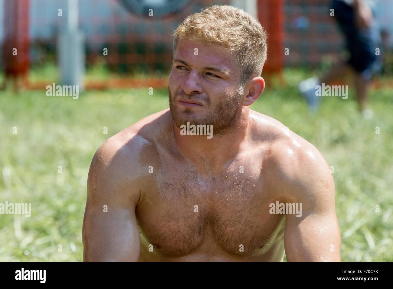 Wrestling Oil Blond 13