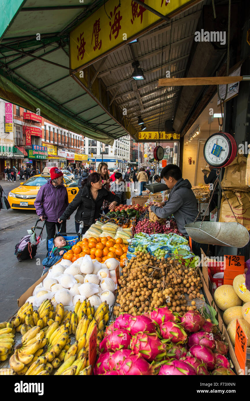 Food market chinatown manhattan new york usa stock for Fish market restaurant nyc