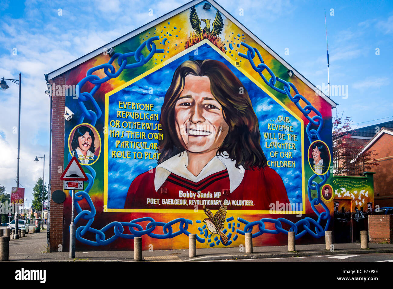 bobby sands mural on belfast 39 s falls road stock photo