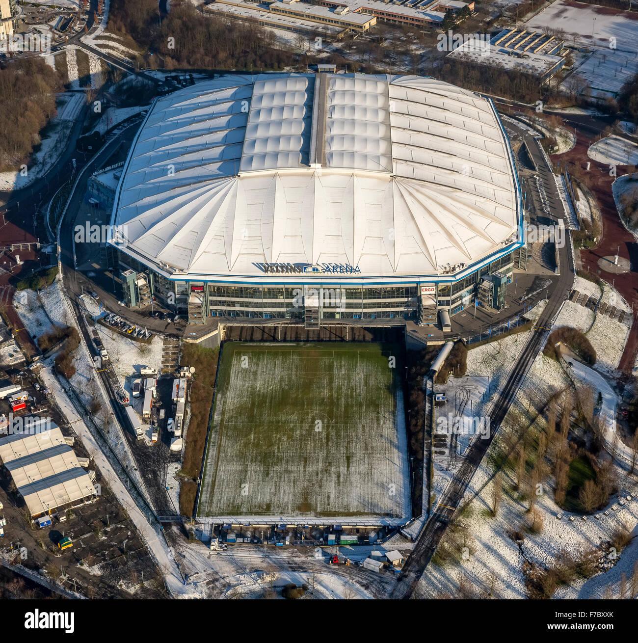 veltins arena in the winter snow schalke stadium s04. Black Bedroom Furniture Sets. Home Design Ideas