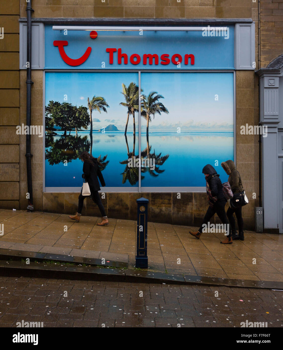Thompson Travel Uk: Huddersfield, UK. 30th Nov, 2015. People Walking Past A