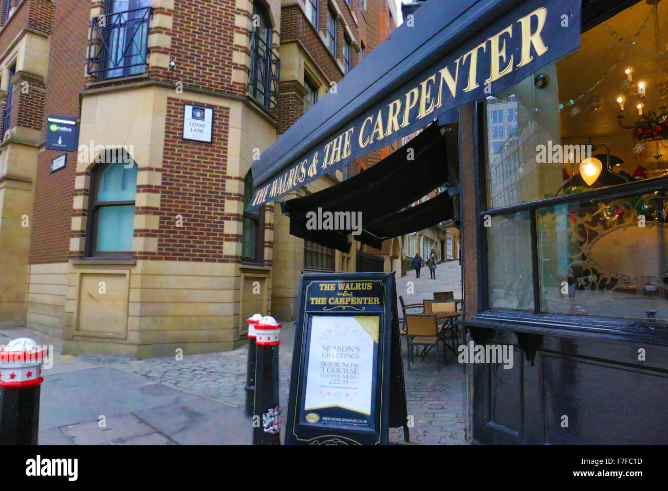 the walrus and the carpenter lovat lane ec3 stock photo royalty