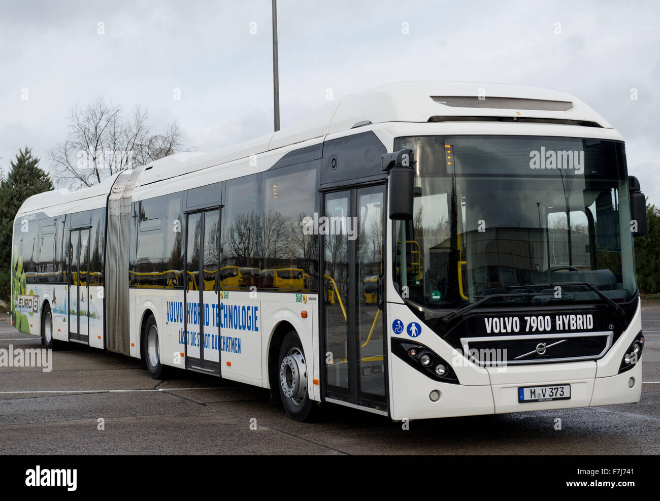 berlin germany 1st dec 2015 the new volvo hybrid articulated bus stock photo royalty free. Black Bedroom Furniture Sets. Home Design Ideas