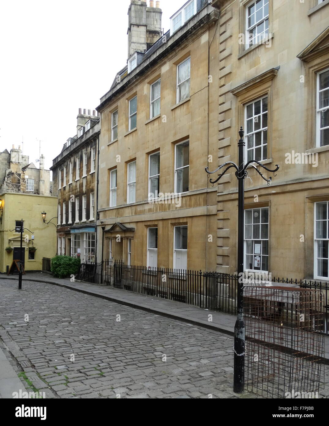 Georgian architecture in bath a city in somerset england for Garages in bath