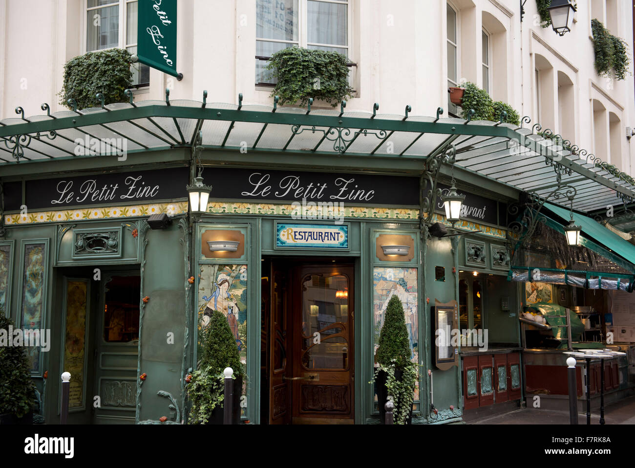 Le petit zinc a belle epoque style brasserie on the left - Le petit salon paris ...