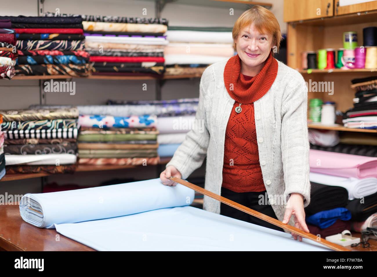 sclerk works in the tissue store stock photo royalty sclerk works in the tissue store