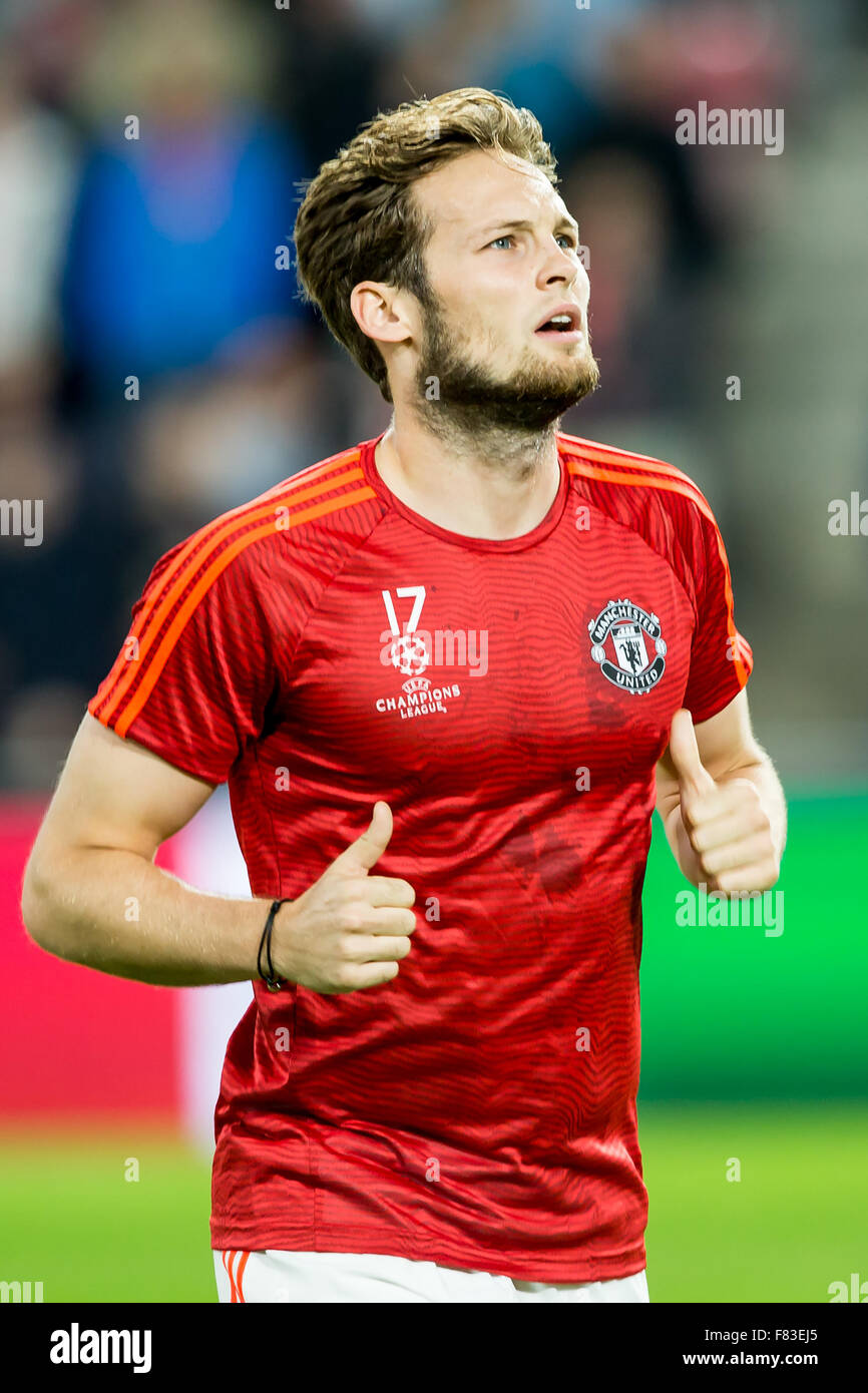 EINDHOVEN SEPTEMBER 14 Daley Blind during the warming up for