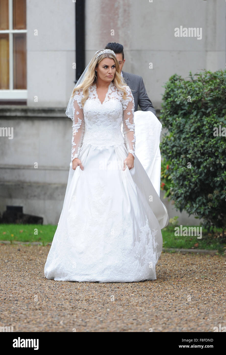 Towie Film A Royal Wedding Theme Birthday Party For Nanny Pat