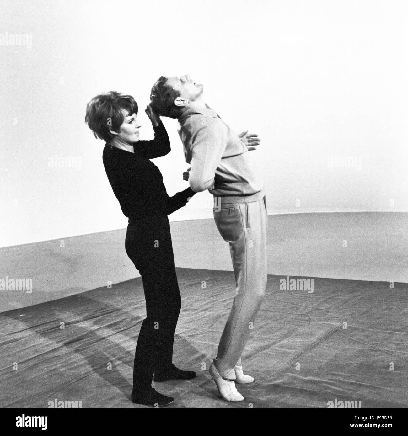 ratgebersendung zur selbstverteidigung deutschland 1968 self stock photo royalty free image. Black Bedroom Furniture Sets. Home Design Ideas