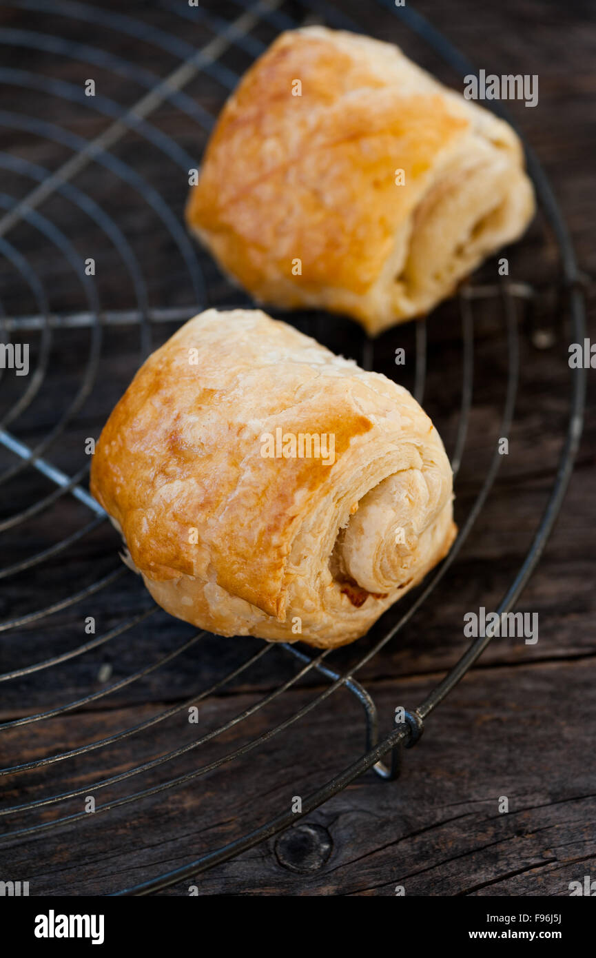 how to make cheese pastry rolls