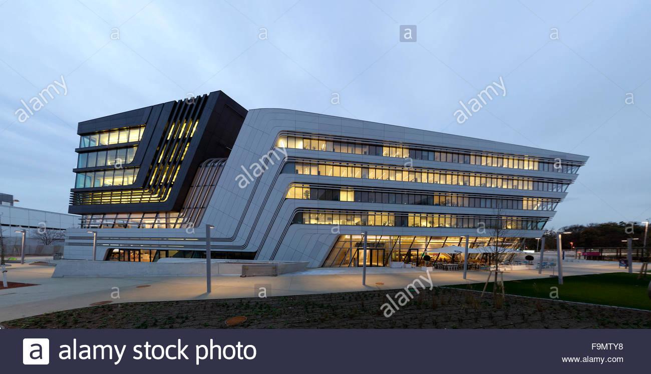 Library campus wu vienna a zaha hadid design on the for Zaha hadid vienna