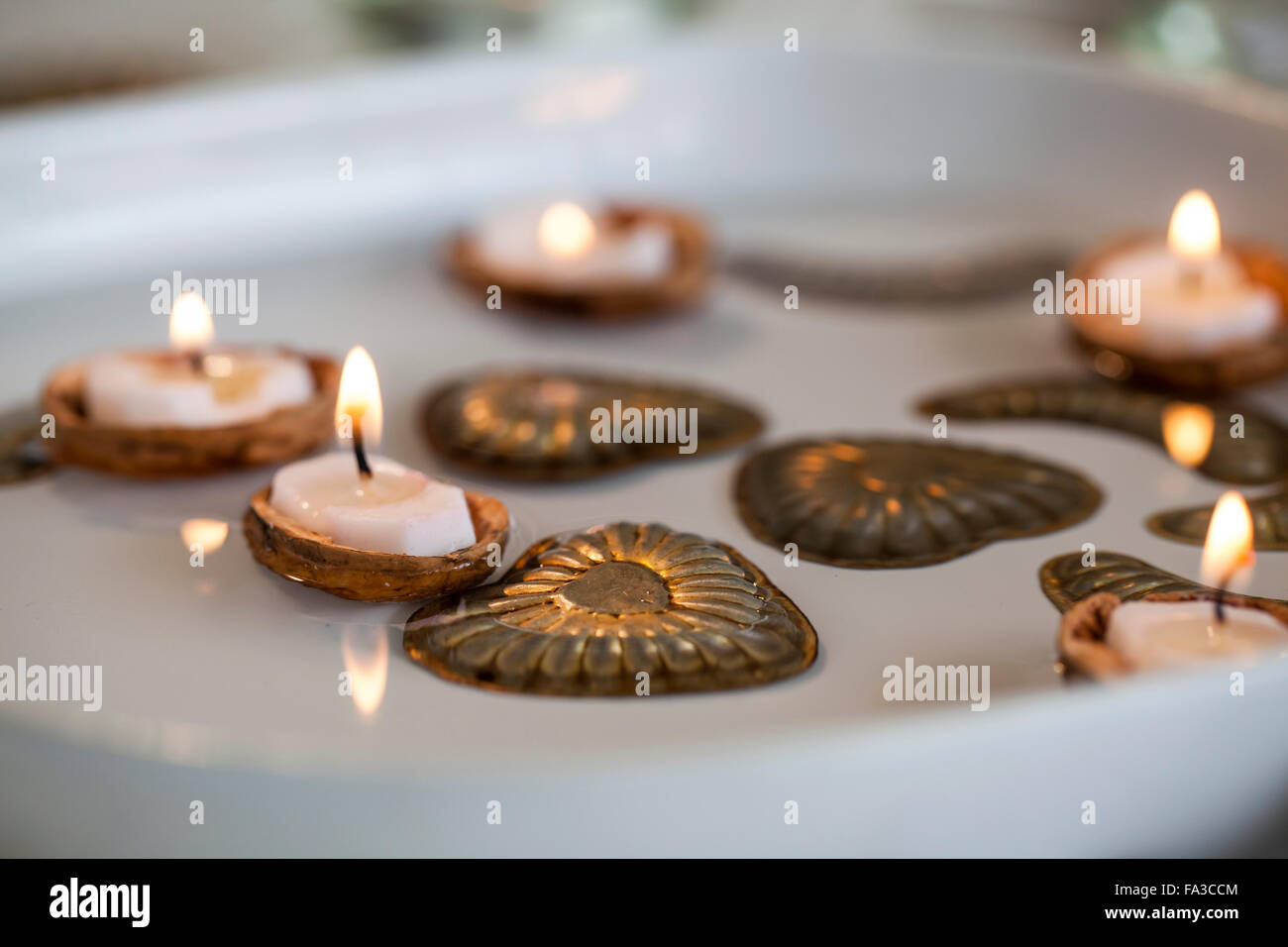 Material walnut shells candles metal molds for candy water