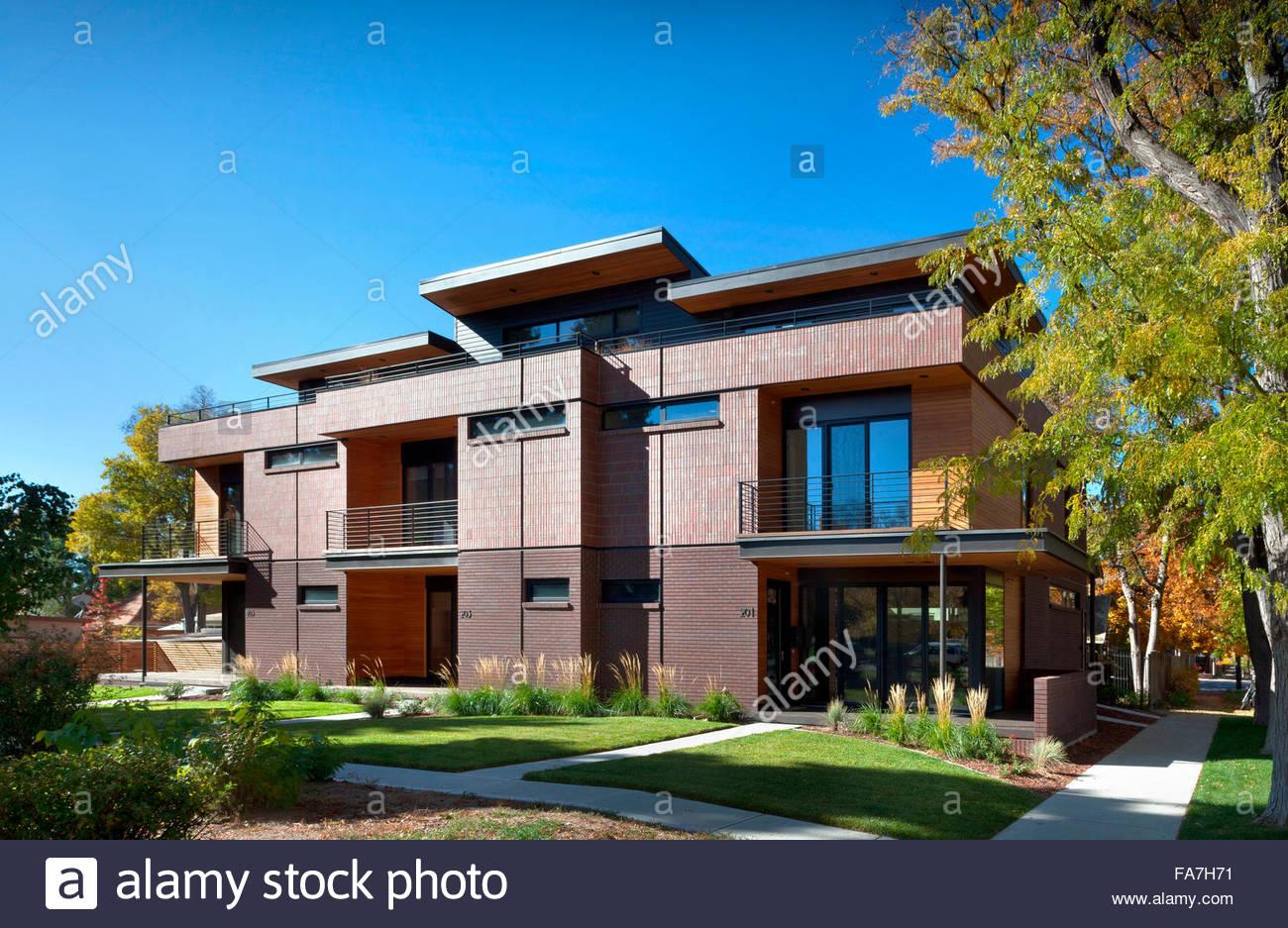 Modern Red Brick Triplex Apartment Home In Colorado