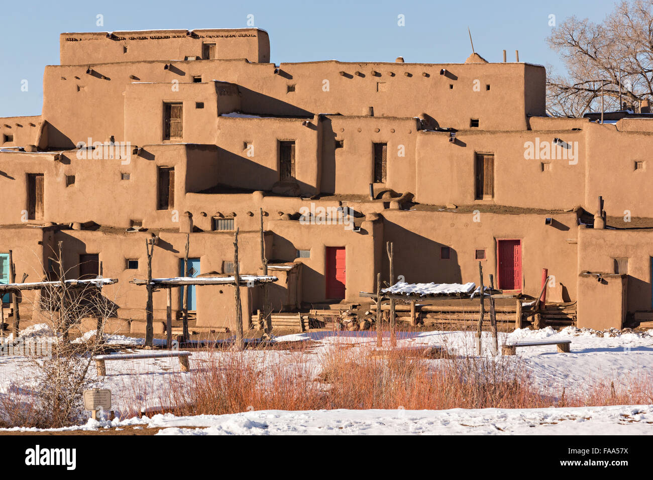Ancient adobe homes in the ancient native american taos for Adobe home builders