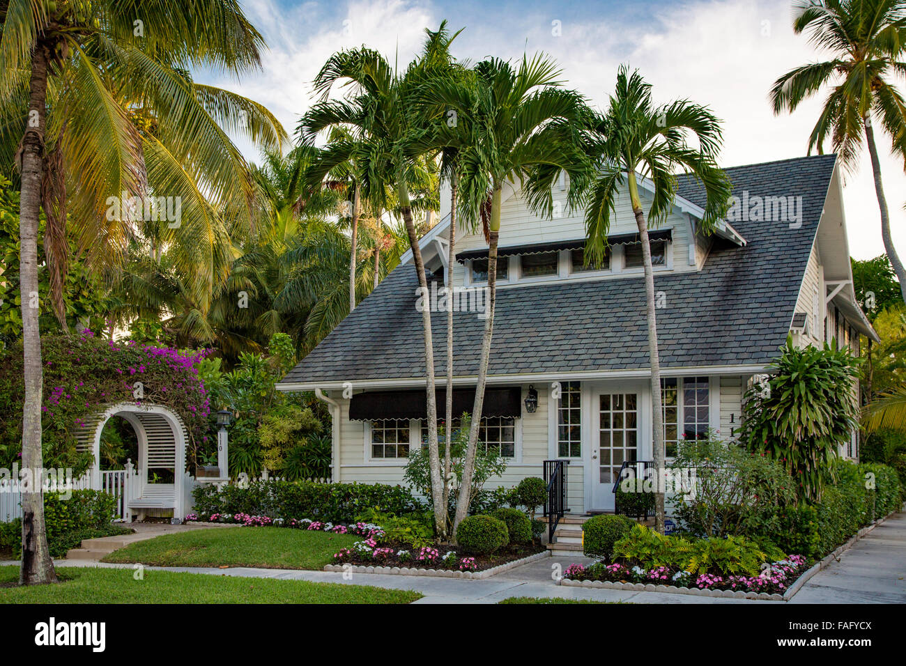 The dupont family cottage naples florida usa stock for Family cottages