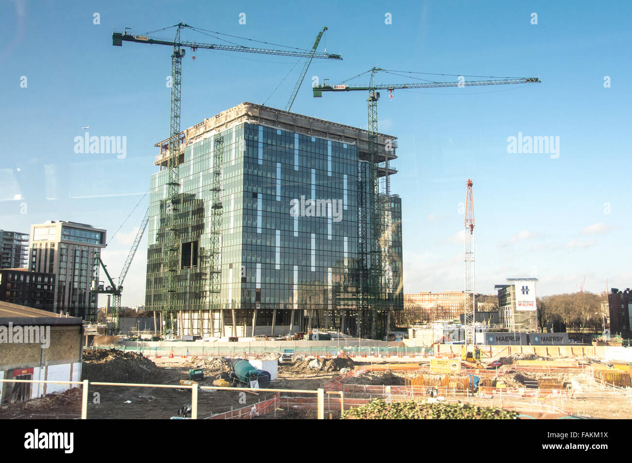 Cranes At Nine Elms London The New Us Embassy London Being Built